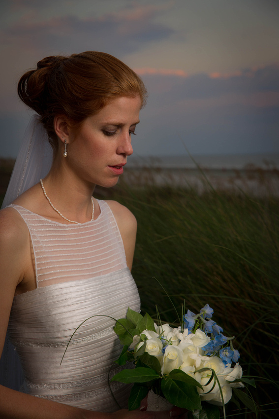 wedding picture of bride holding flowers