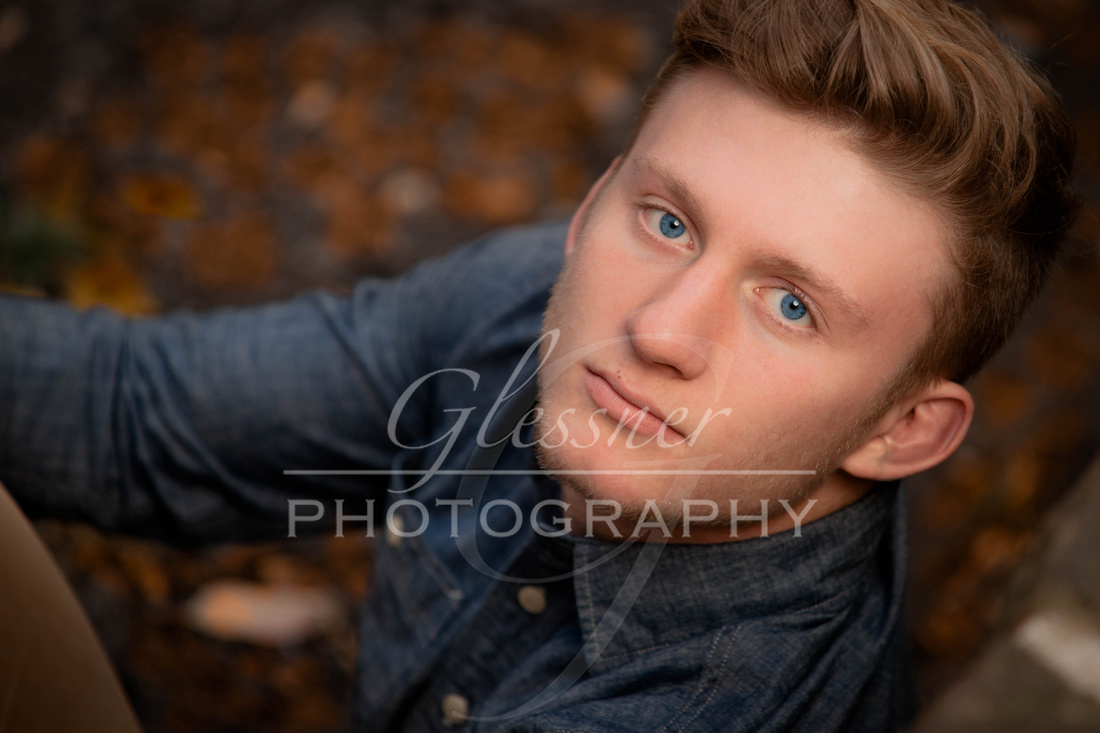 Senior Portraits Connor Law October 22, 2017-18