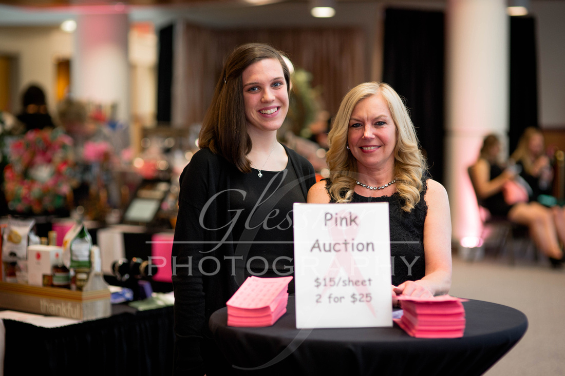 Taunia_Oechslin_Girls_Night_Out_Glessner_Photography_4-24-2018-56
