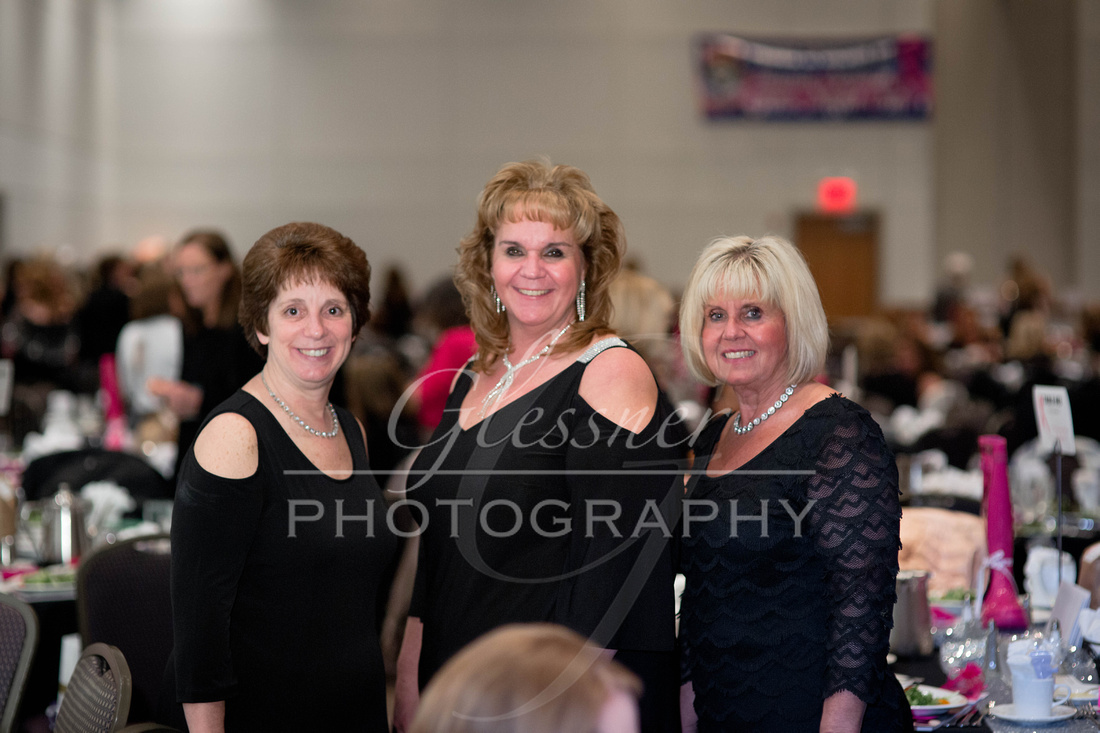 Taunia_Oechslin_Girls_Night_Out_Glessner_Photography_4-24-2018-117