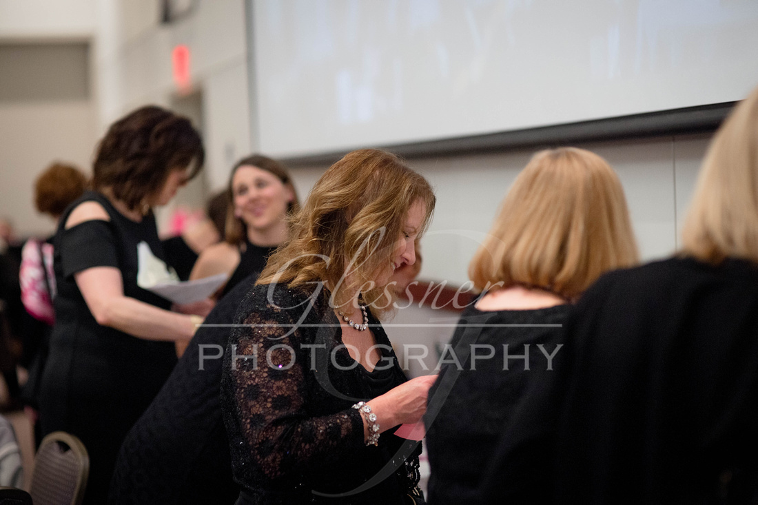 Taunia_Oechslin_Girls_Night_Out_Glessner_Photography_4-24-2018-120