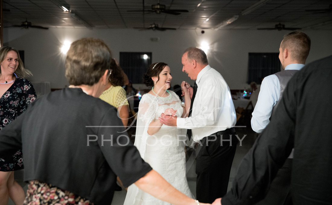 Wedding_Photography_New_Germany_Tom _&_ Michelle_8-18-2018-936