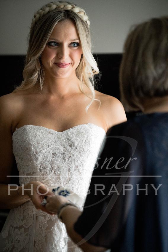 Johnstown PA Wedding Photographers David & Aly 10-6-2018-90
