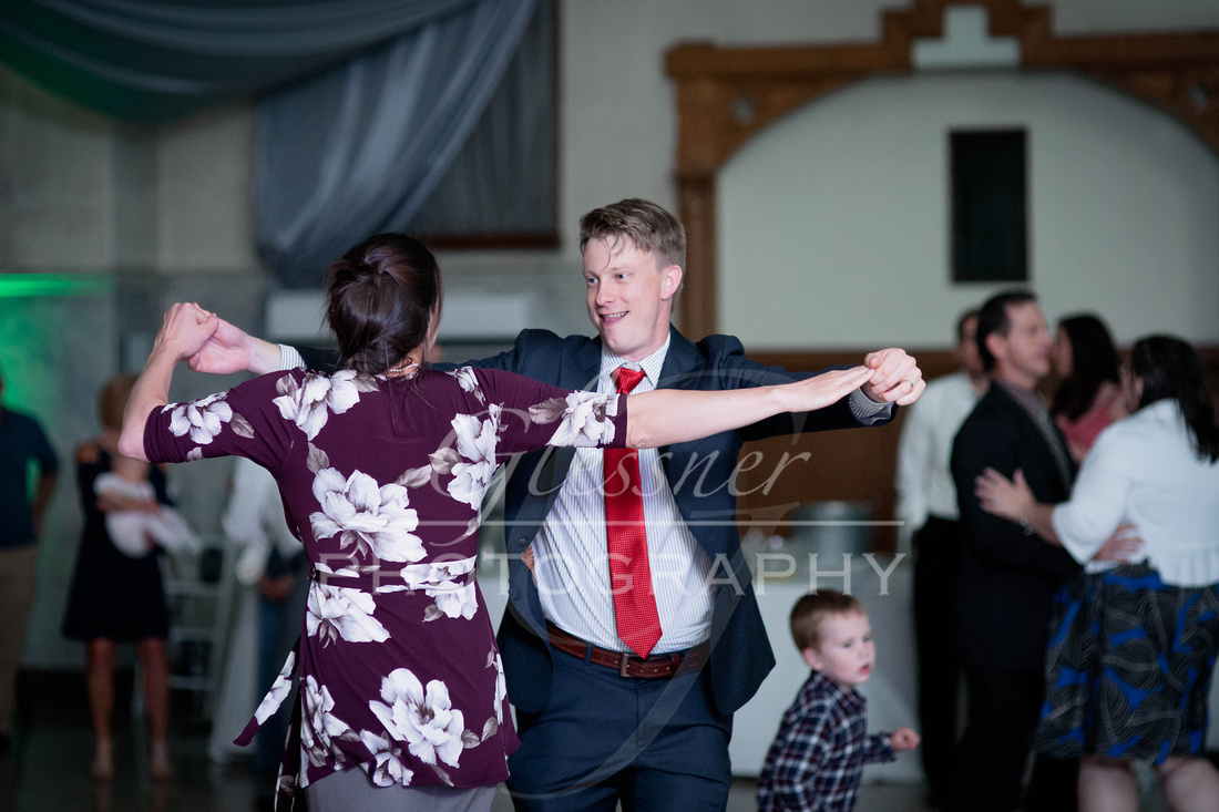 The_Grand_Halle_Wedding_Photographers_6-15-2019-877