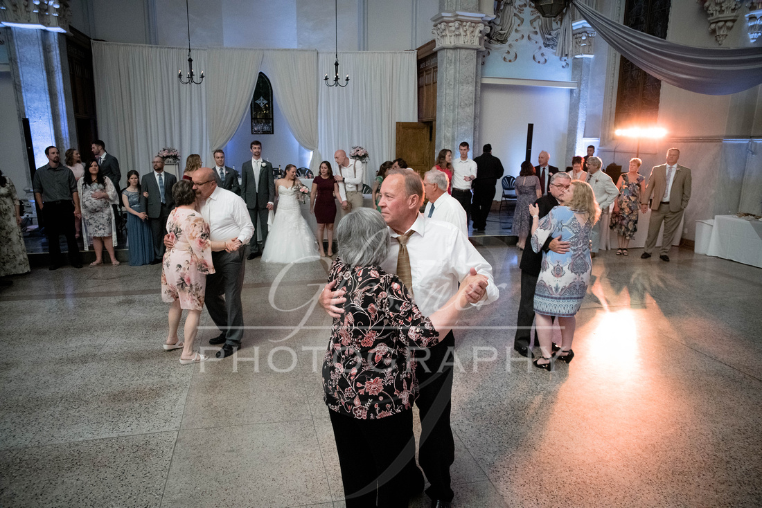 The_Grand_Halle_Wedding_Photographers_6-15-2019-500