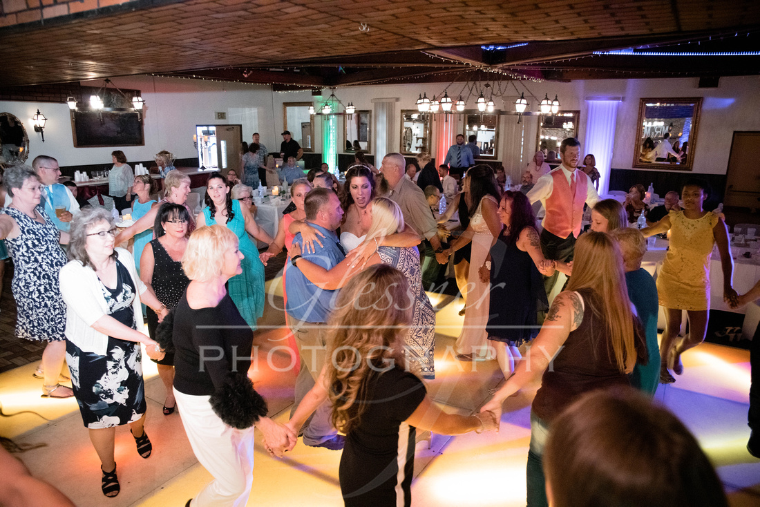 Wedding_Photography_Pyramids_Lounge_ and_Catering_Johnstown_PA-613