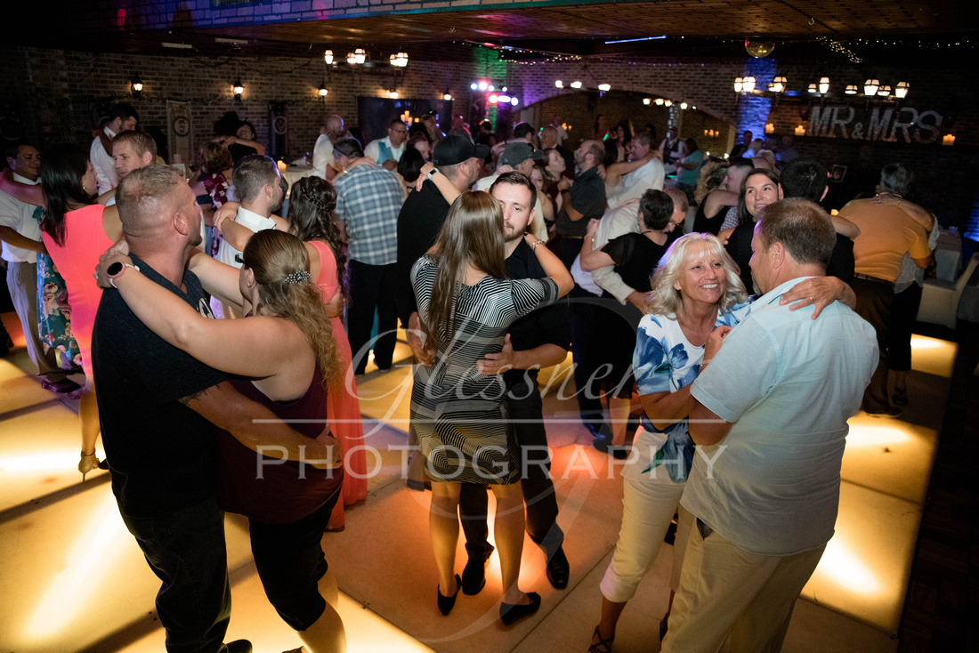 Wedding_Photography_Pyramids_Lounge_ and_Catering_Johnstown_PA-712