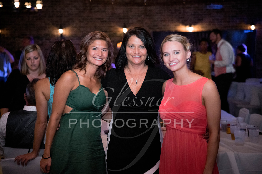 Wedding_Photography_Pyramids_Lounge_ and_Catering_Johnstown_PA-724