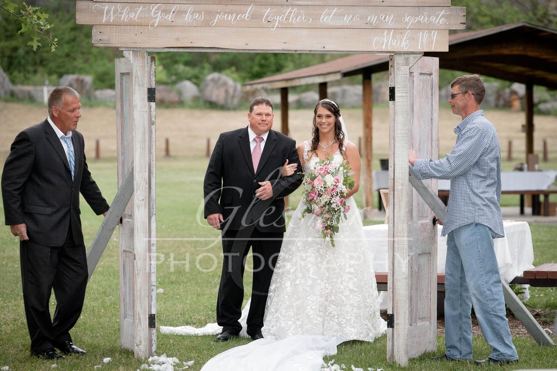 Wedding_Photography_Chimney_Rocks_Hollidaysburg_PA_5-30-20-326