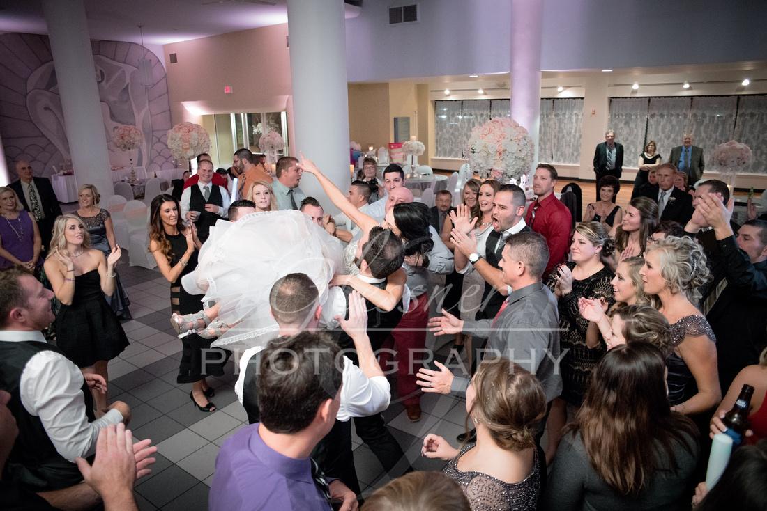 Wedding_Photographers_Altoona_Heritage_Discovery_Center_Glessner_Photography-974