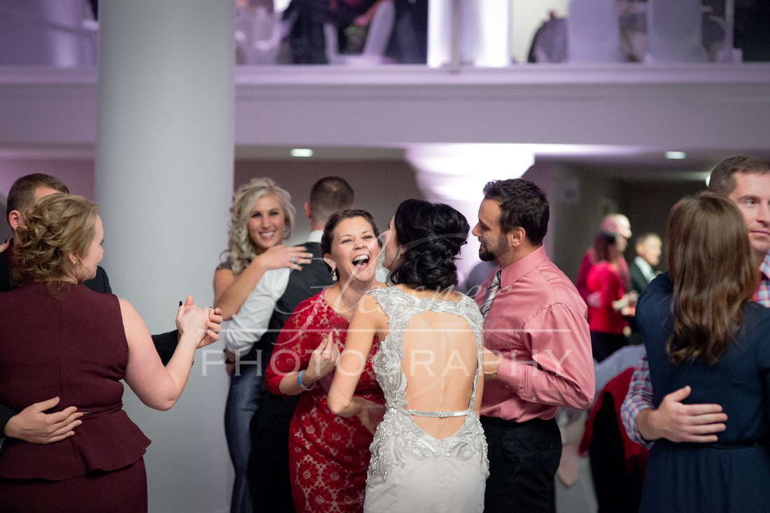 Wedding_Photographers_Altoona_Heritage_Discovery_Center_Glessner_Photography-1686