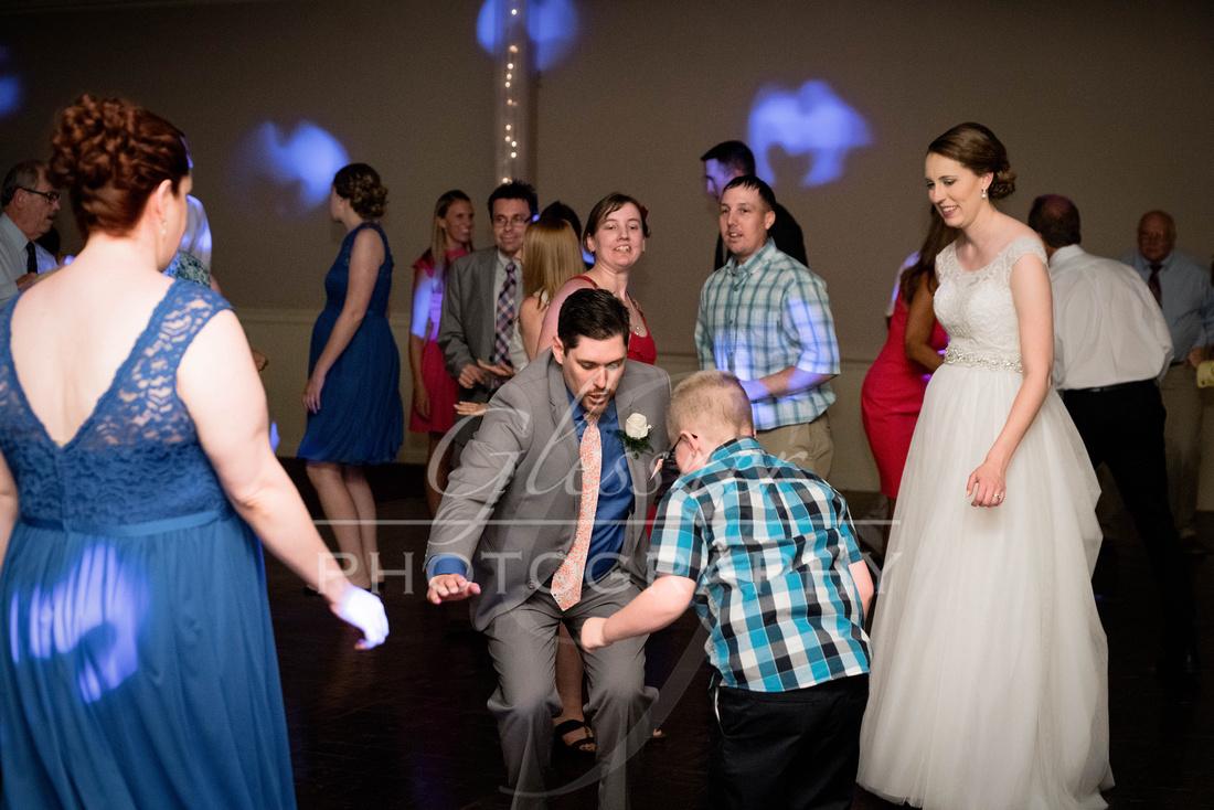 Indiana_PA_Wedding_Photographers_Glessner_Photography-785