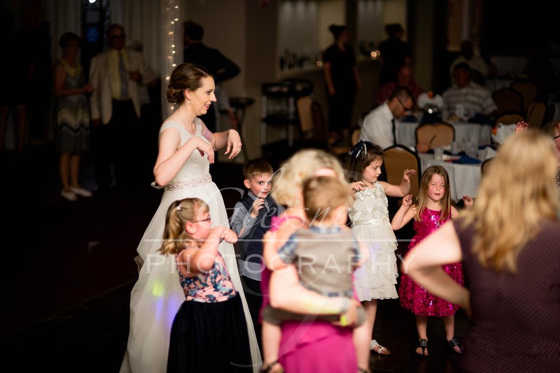 Indiana_PA_Wedding_Photographers_Glessner_Photography-1420