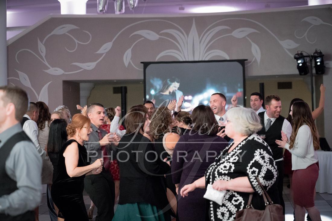 Wedding_Photographers_Altoona_Heritage_Discovery_Center_Glessner_Photography-848