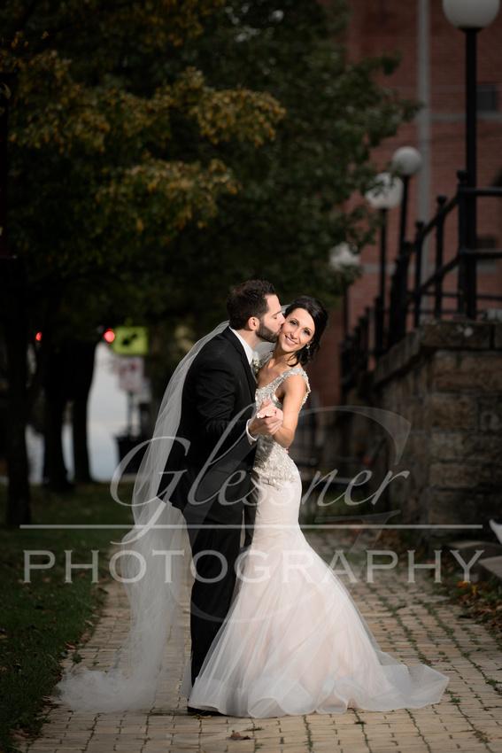 Wedding_Photographers_Altoona_Heritage_Discovery_Center_Glessner_Photography-573