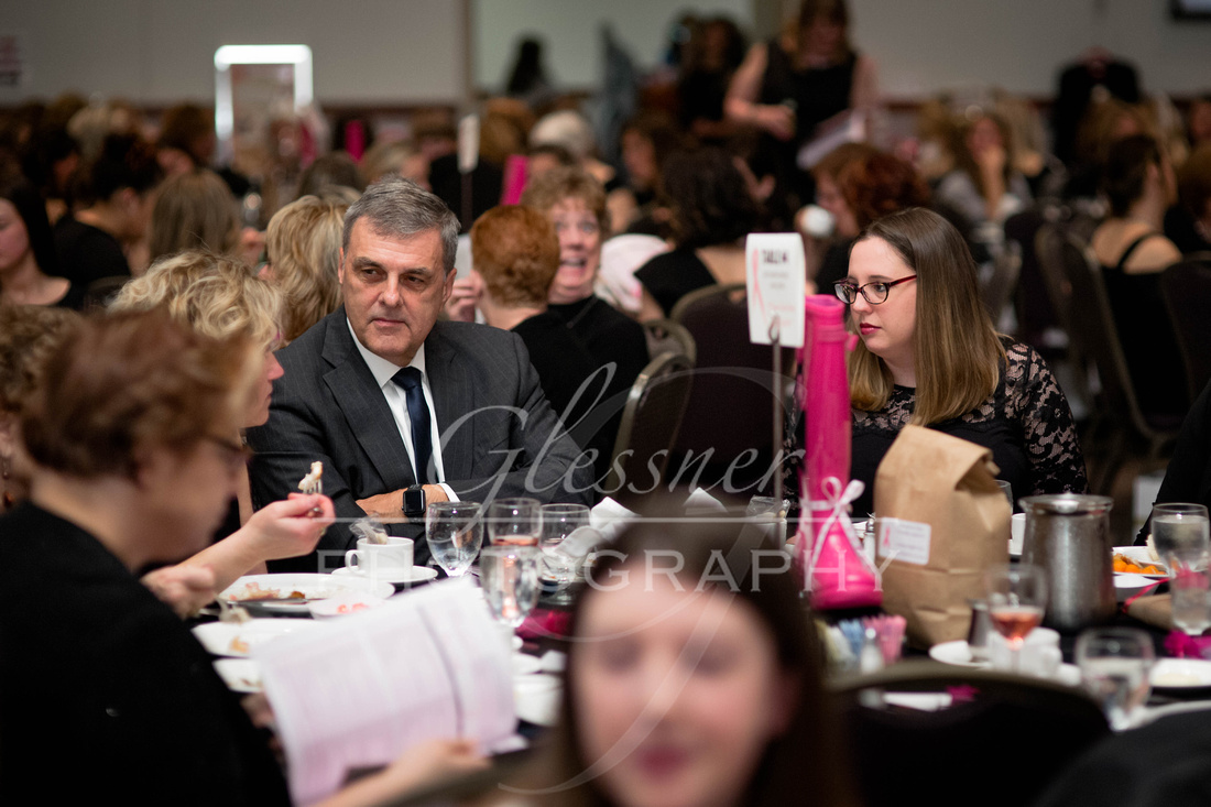 Taunia_Oechslin_Girls_Night_Out_Glessner_Photography_4-24-2018-187