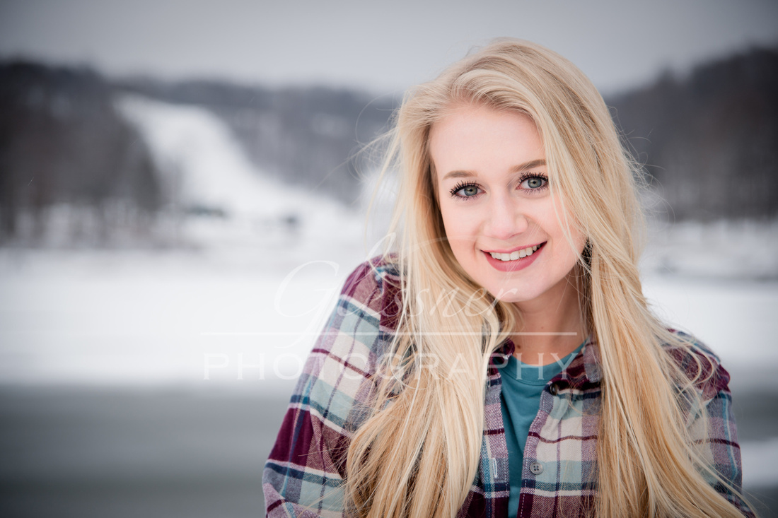 Winter Senior Portraits-Hidden Valley Ski Resort
