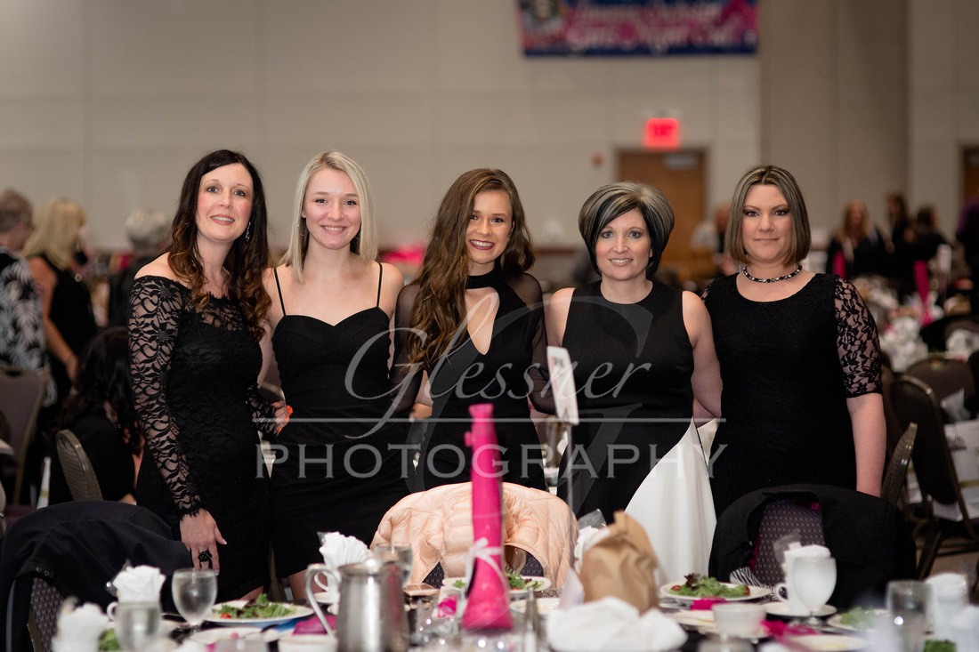Taunia_Oechslin_Girls_Night_Out_Glessner_Photography_4-24-2018-97