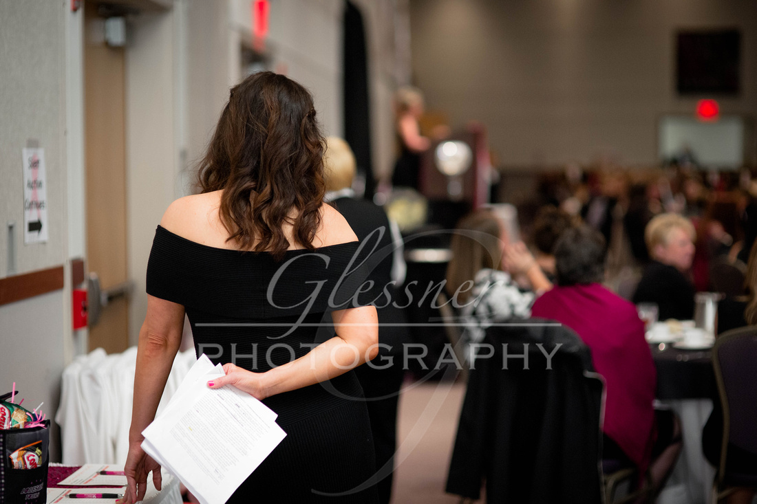 Taunia_Oechslin_Girls_Night_Out_Glessner_Photography_4-24-2018-158